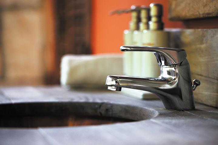 A2B Plumbers are able to fix any leaking taps you may have in Burnham On Crouch.